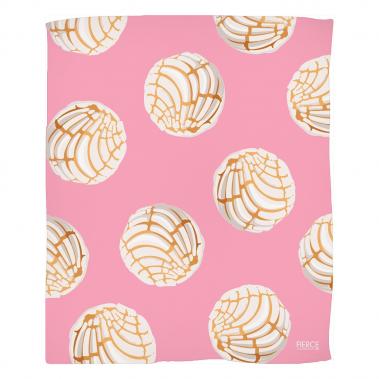 Concha Fleece Blanket
